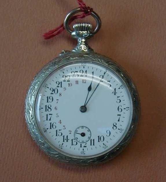 forum horloger forum sur les montres help montre avec cadran sur 24h. Black Bedroom Furniture Sets. Home Design Ideas